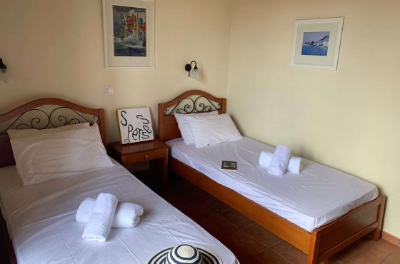 Comfort room - A Hotel Spetses